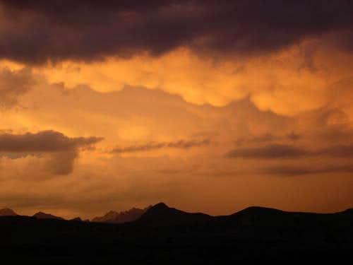 Heavy clouds in Humphreys Basin