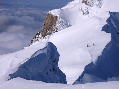 Pizzo Cefalone and skymountaineers