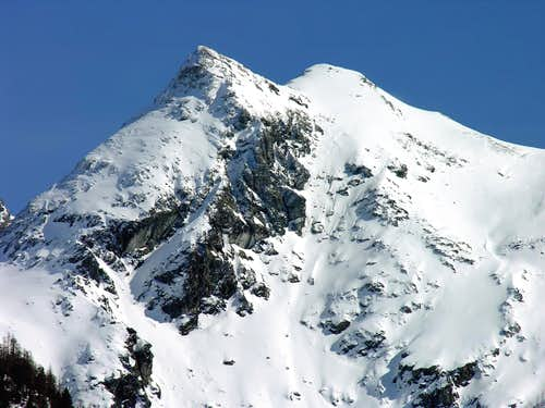 Tête de Plan Fret (2717 m) West side...