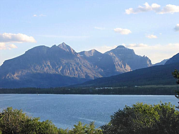 Red Eagle/Mahtotopah/Little Chief Mountains(GNP)