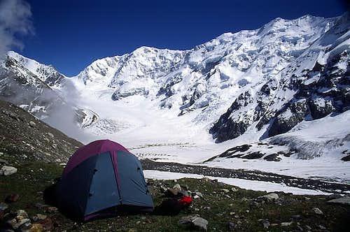 Bezengi wall camp
