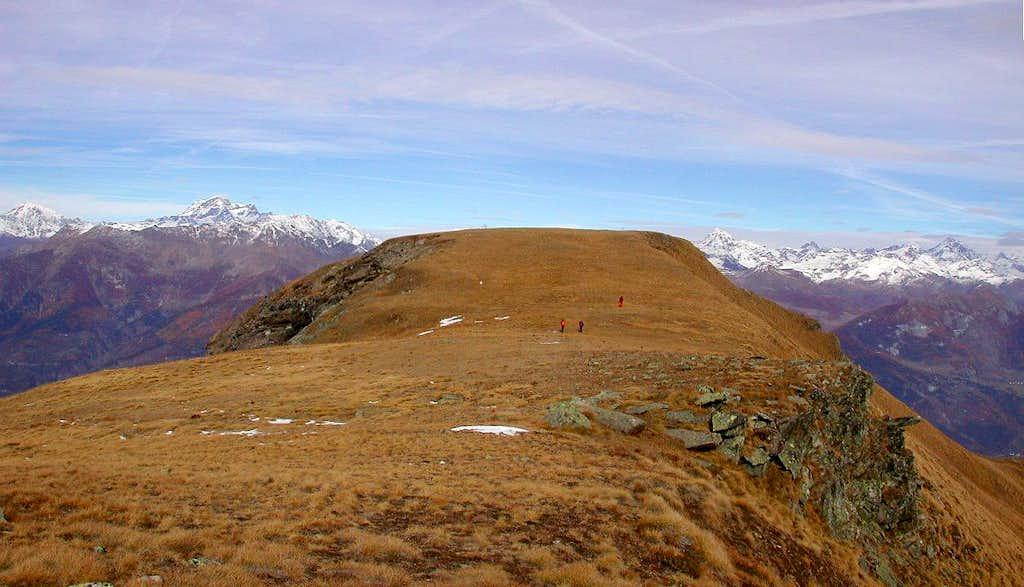 The vast summit of Mont Corquet <i>2529m</i>