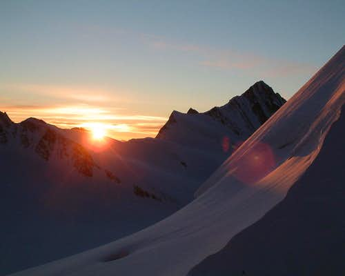 Sunrise from the Monchjochhutte (II)