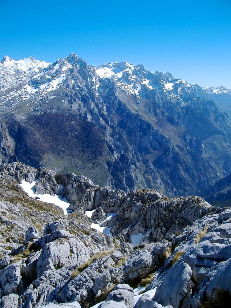 Torrecerredo (2648 m)