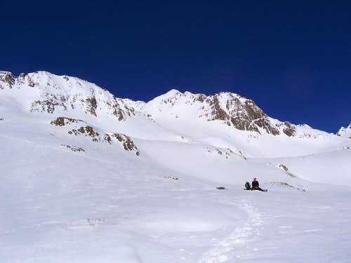 Approaching Castle Peak