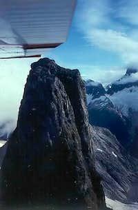 Nelles Peak