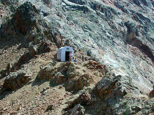 Federigo Zullo fixed bivouac at Col Carrel <i>2852m</i>