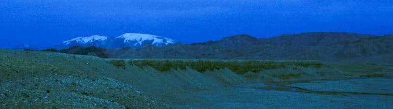 Zangchen from a distance
