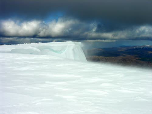 Cornices on Aonach Mor