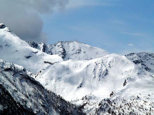 Il versante nord del Mont Mary...