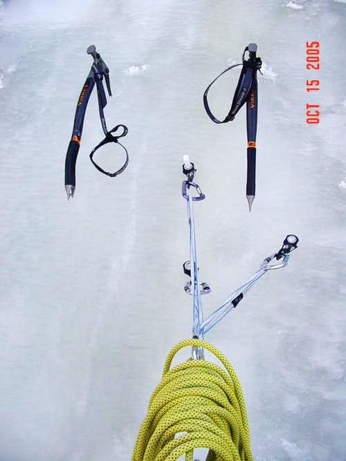 Equalized Ice Belay -- Folly Couloir