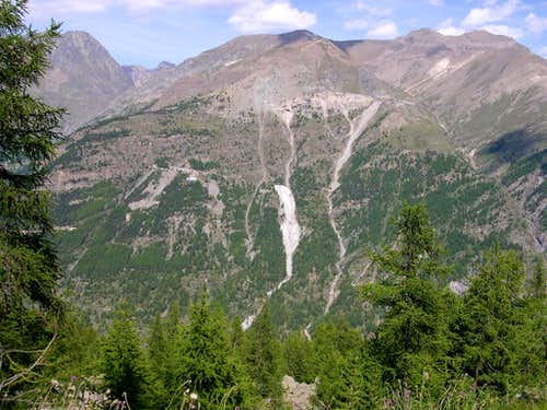 Magnetite mining region of Cogne  <br>seen from Montzeuc