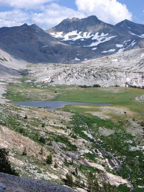 Simmons Peak from Vogelsang Pass
