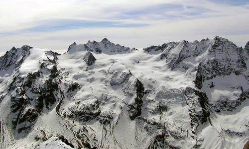 The ridge East of Valnontey and the glaciers below, seen from Gran Serra summit <i>3552m</i>