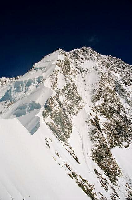 Upper part of the East Ridge of Mount Cook