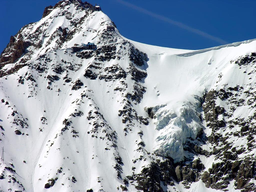 Il Colle del Gigante, the two Torino refuges and Punta Helbronner