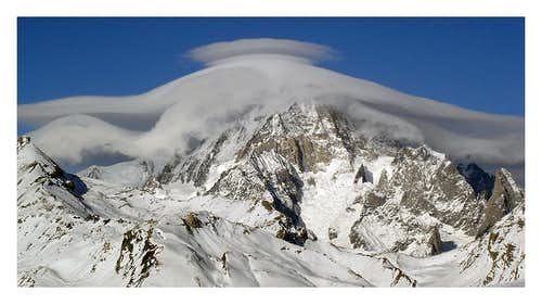 Mont Blanc 4811 m. with Hat
