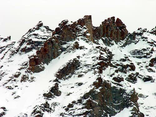 W. side of Punta Farrar <i>(3921m)</i>