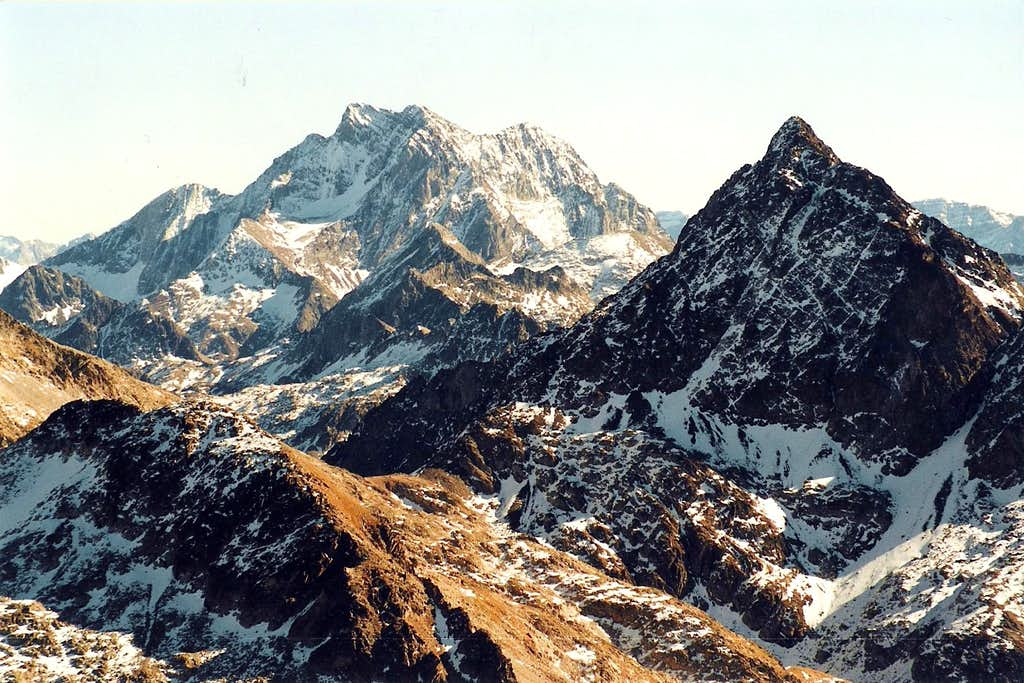 Vignemale and Facha, seen from Gavizo-Cristal