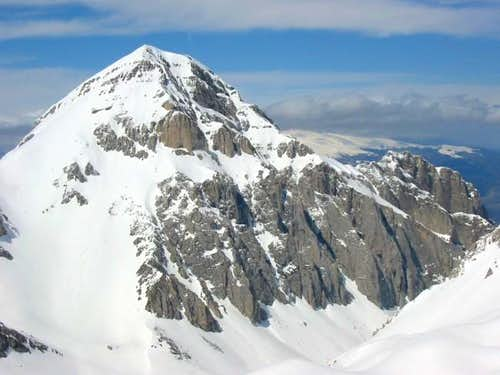 Pizzo d'Intermesoli (2635 m)...