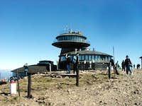 The Polish hut on the summit.