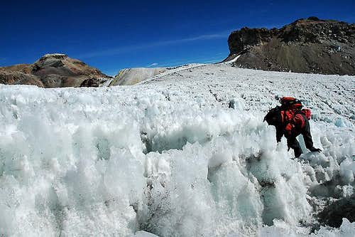 Navigating through the Ayoloco Glacier
