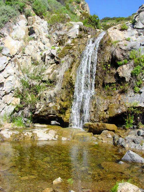 Waterfall near La Jolla Canyon