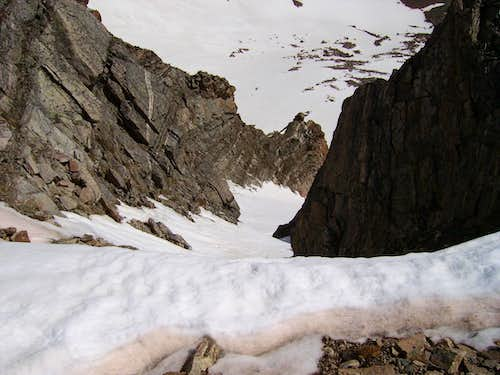 Chute off of James to the north.