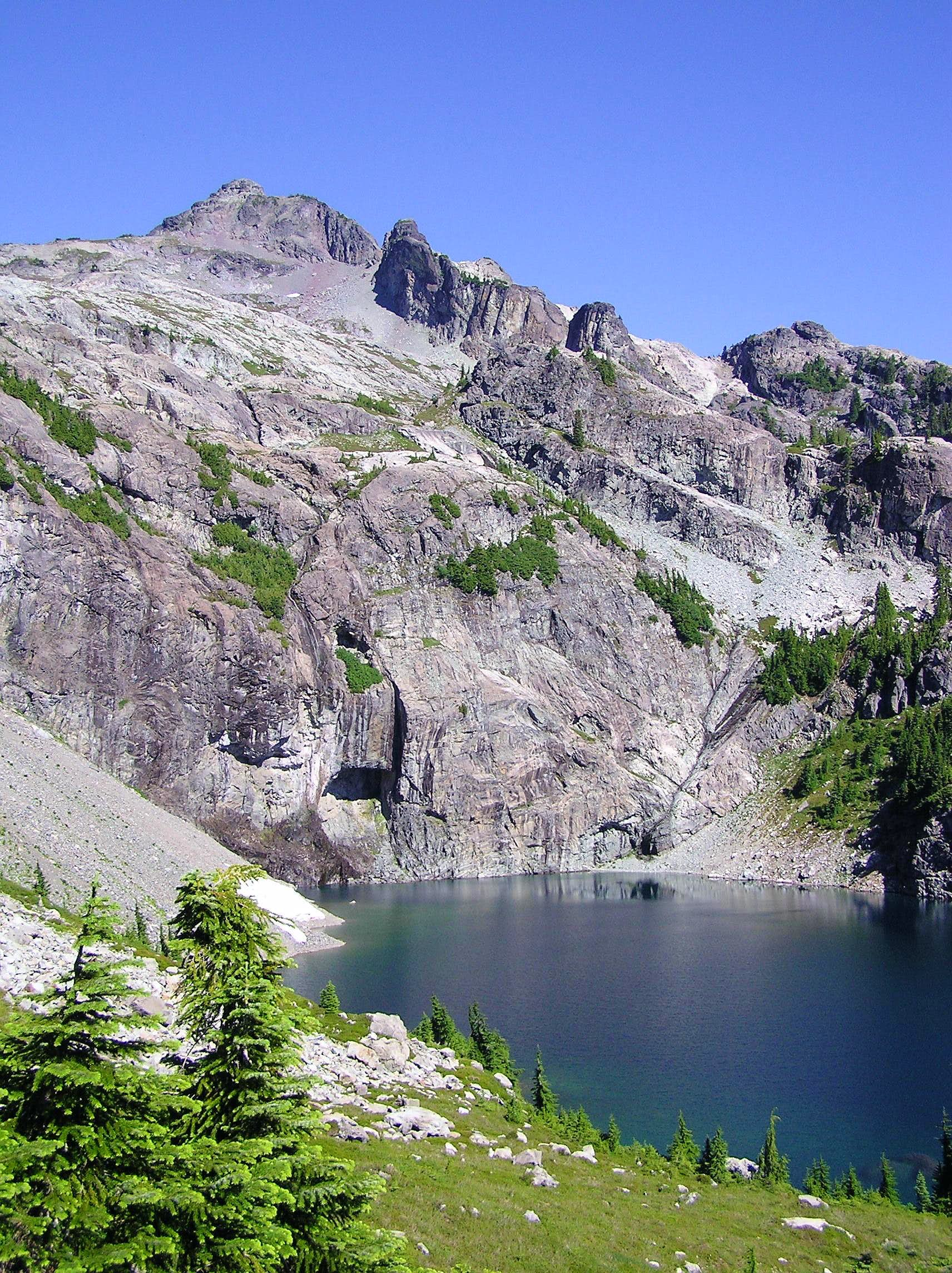 Chikamin Peak, Glacier Lake Route