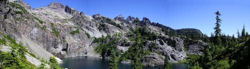 Panorama of Chikamin above Glacier Lk