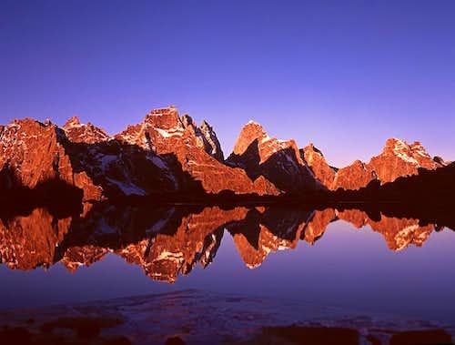 The mountains in Daogou Gorge...