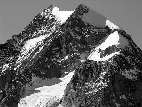 Aiguille de Trélatête <i>(3920 m)</i>