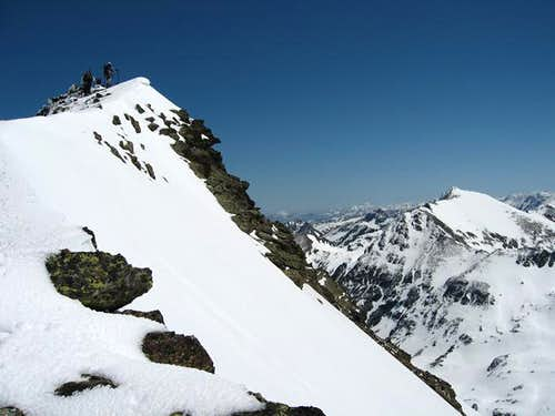 Summit ridge of Tristaina