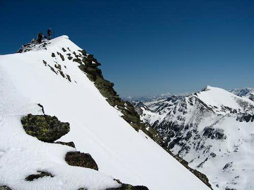 Summit ridge of Tristaina