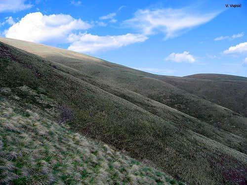 The slopes of Midzor peak
