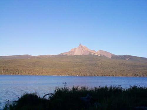 Mt. Thielsen across Diamond...