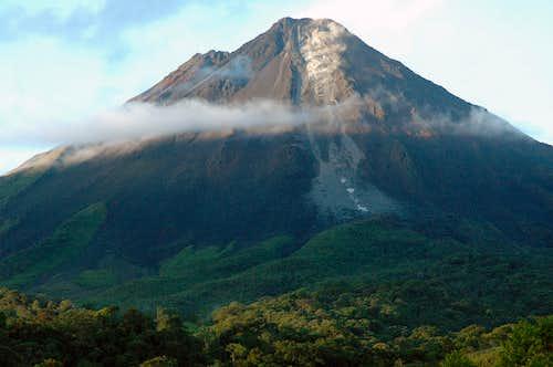Arenal Erupting