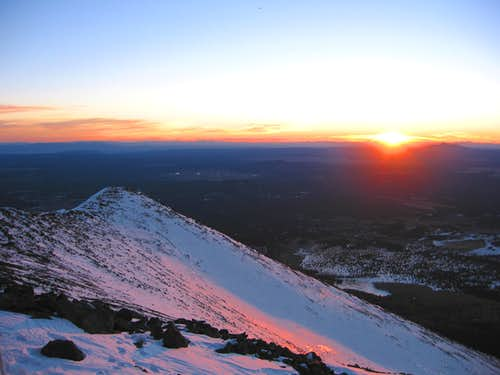 A winter sunset on Arizona\'s highpoint