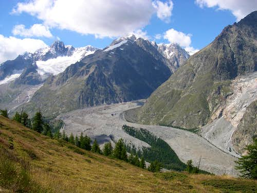 From Aiguille de Glacier to Brouillard ridge
