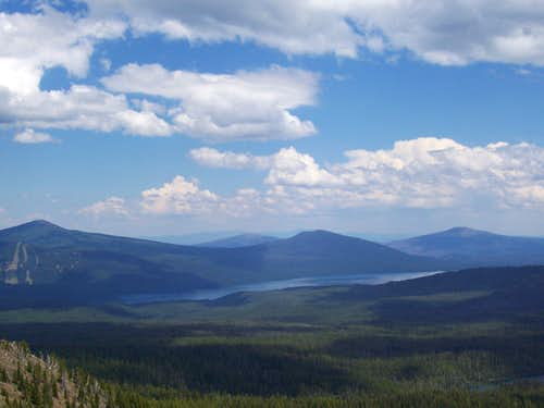 Odell lake from summit of south Mt Yoran