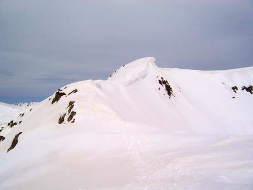 The ridge that leads to the summit of Maljovica