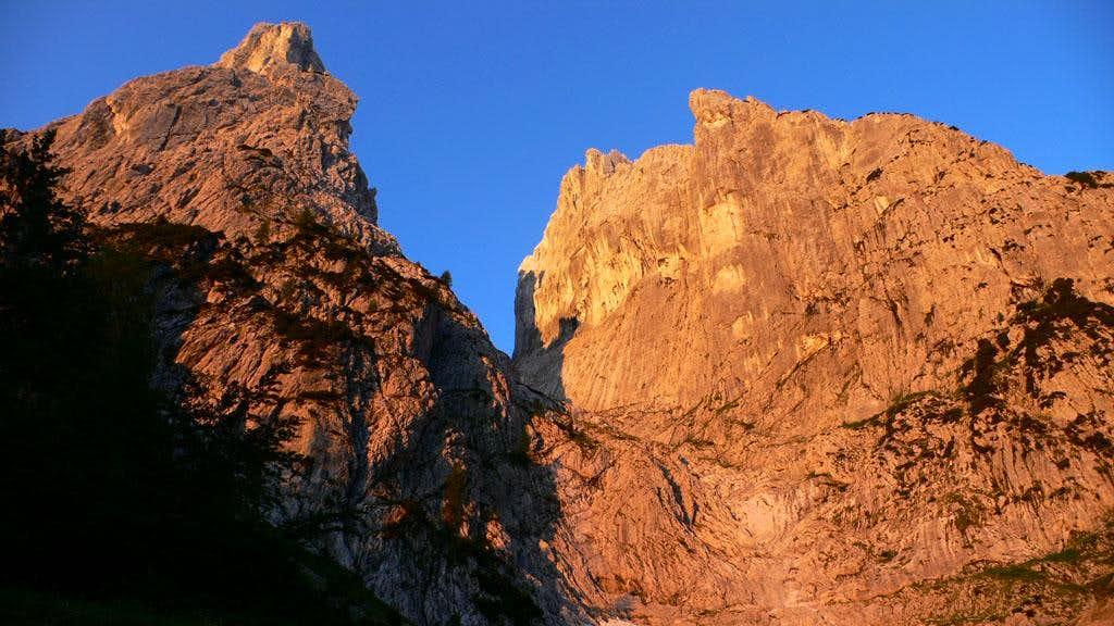 The Kaiser Mountains at Dawn