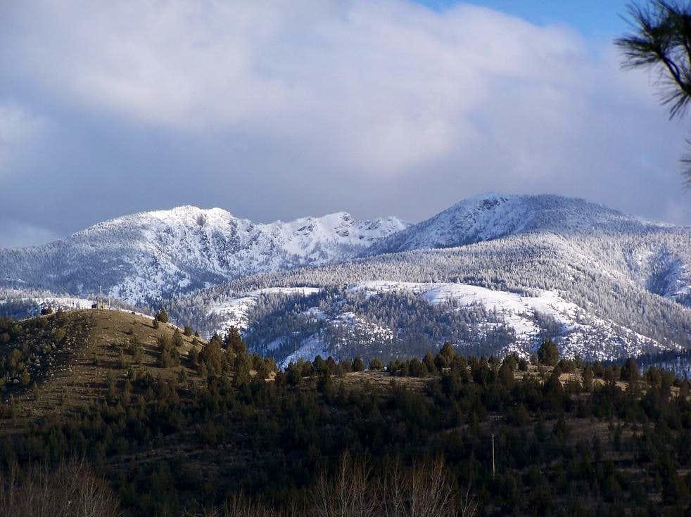 Canyon Mountain with snow