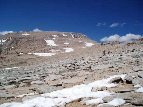The apporach to Mount Langley from New Army Pass