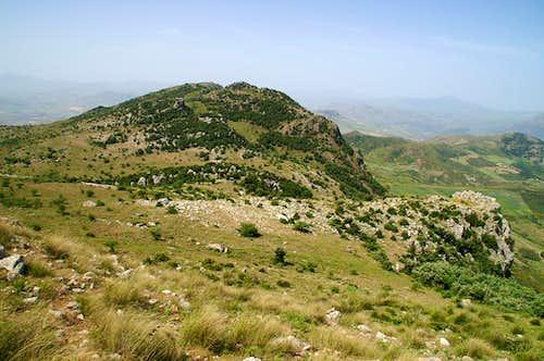 Monte dell'Uomo, Rocca Fera