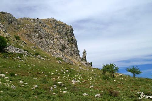 Monte Macabubbo east face and Il Dente