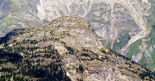 Il versante sud est del Mont Chetif