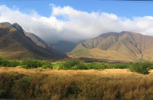 Olowalu Valley
