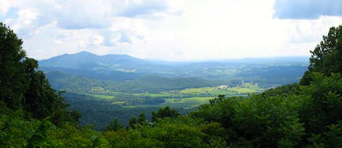 MP 129.6 - Roanoke Valley Overlook