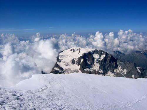 Mont Velan Grand Combin Matterhorn & others: an increasingly dangerous walls/2